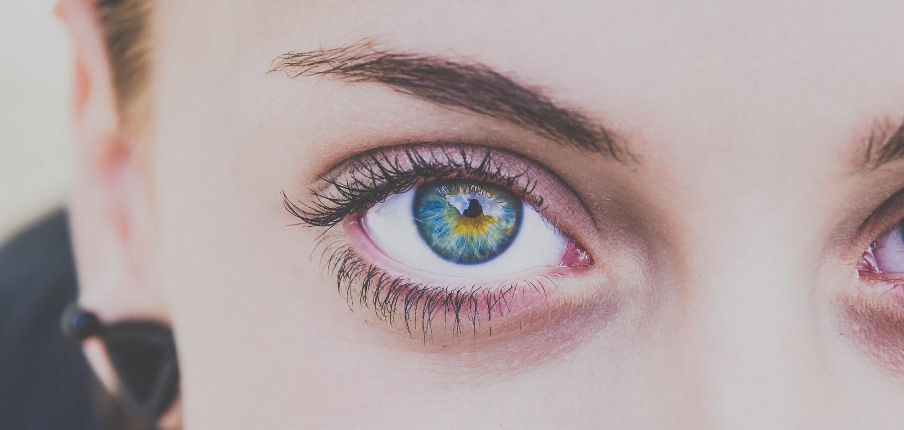 Lyft av ögonfransar